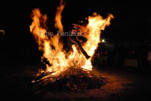 Barisciano, Salti sul fuoco 2015