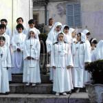 In processione con l'abito della prima comunione. 1984