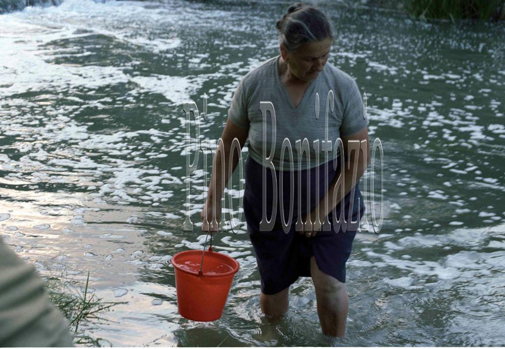 Prelievo di acqua del fiume Liri, Civitella Roveto1985
