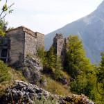 l'eremo di Sante Marie di Paliaria costruito entro le mura del castello