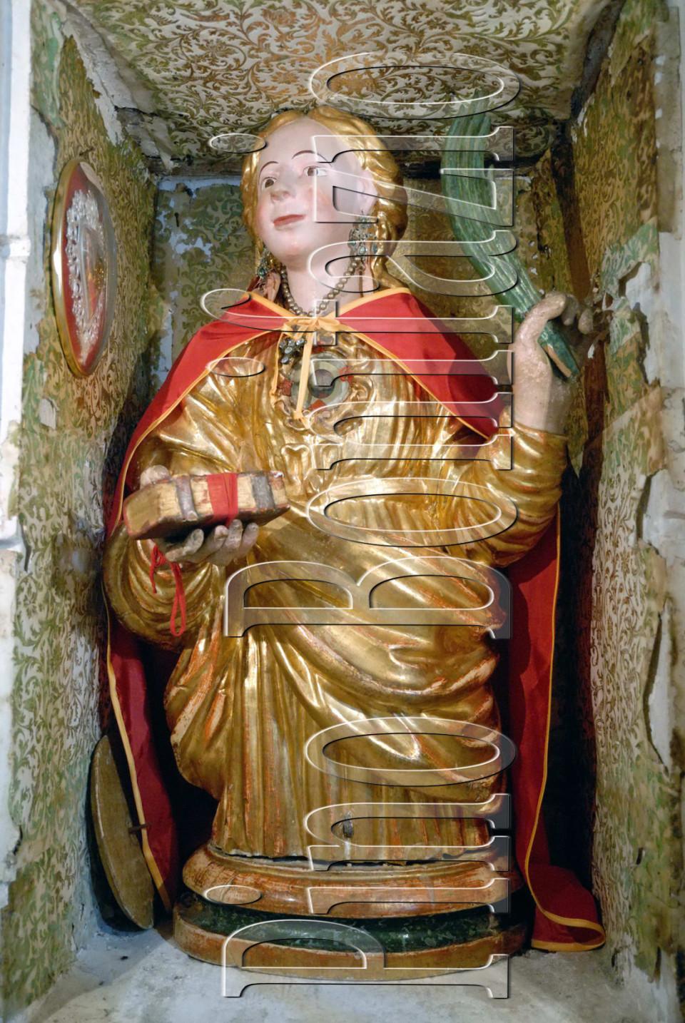 Busto reliquiario di S. Colomba, anche se  la scultura dorata mostra attributi propri della più nota Santa Colomba di Sens.