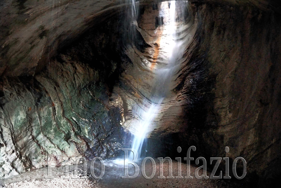 Una delle sorgenti del Ruzzo nella Fossaceca