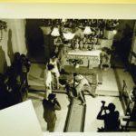 Pacentro 1981 - La chiesa semivuota prima del crescente interessamento dei media.